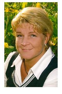 Bettina Muckenhumer